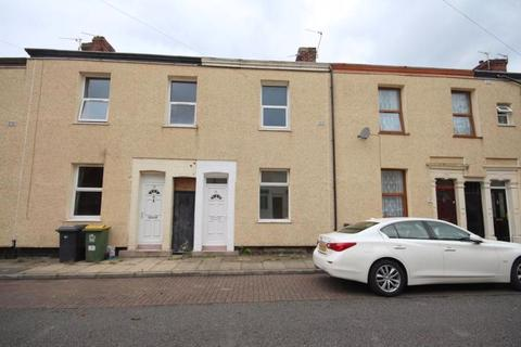 2 bedroom terraced house to rent - Chatsworth Street, Ribbleton, Preston