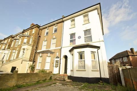 1 bedroom apartment to rent - Footscray Road, Eltham SE9