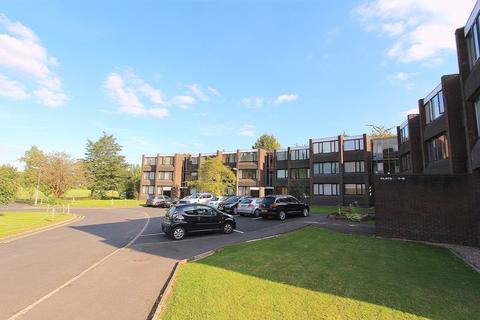 2 bedroom ground floor flat to rent - Parklands Gardens, Walsall