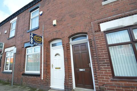 2 bedroom terraced house to rent - Dane Road, Sale, Manchester, M33
