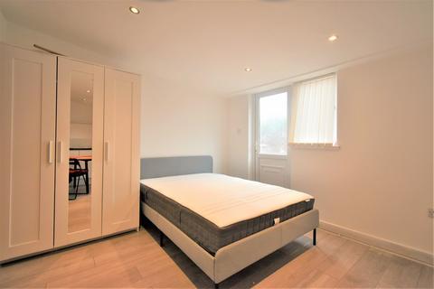 1 bedroom apartment to rent - Braywick Road, Maidenhead, SL6