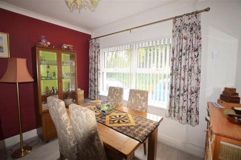 2 bedroom semi-detached house for sale - Bryn Derwen Road, Ammanford