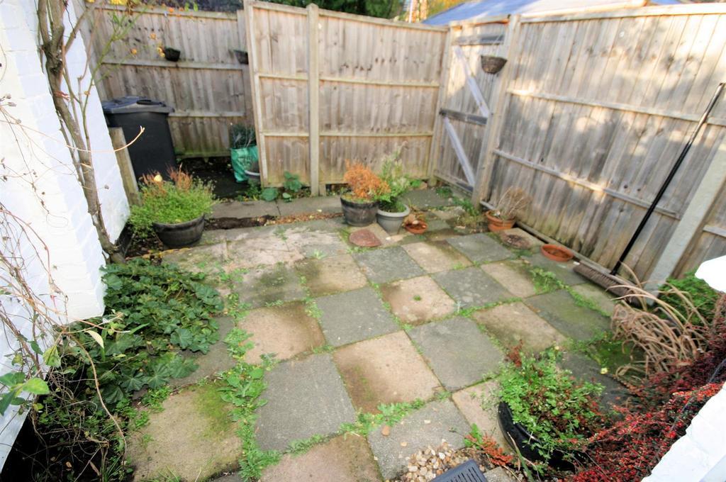 Courtyard Rear Garden