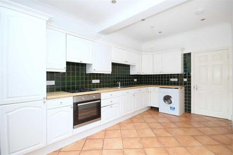 5 bedroom semi-detached house to rent - Messaline Avenue, Acton, W3