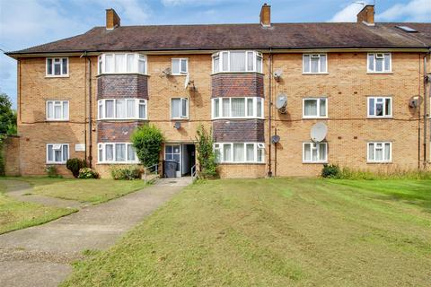 2 bedroom flat for sale - Worcesters Avenue, Enfield, EN1