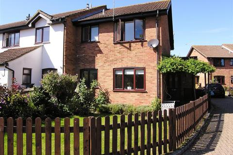 1 bedroom end of terrace house for sale - Bisley