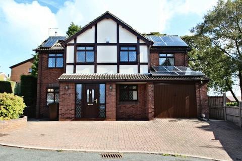 4 bedroom detached house to rent - Radley Way, Stoke-On-Trent