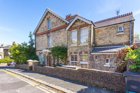 5 bedroom semi-detached house for sale - Priory Grove, Dover