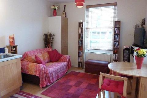 1 bedroom apartment to rent - Balham Hill, Balham, London