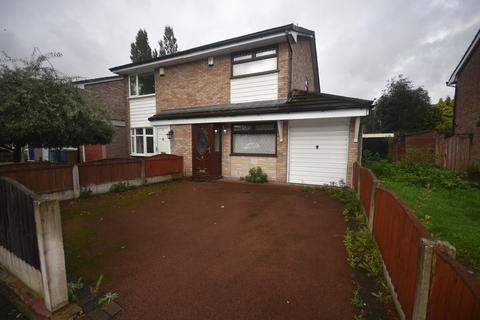 2 bedroom semi-detached house for sale - Evesham Road, Middleton, M24