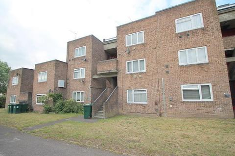 1 bedroom flat for sale - Whitley Close, Stanwell, TW19