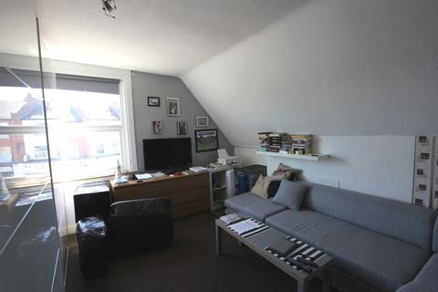 1 bedroom apartment to rent - High Road, Wood Green, London, Greater London, N22