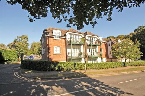 2 bedroom flat for sale - Oaklands Court, Canonsfield Road, Welwyn, Hertfordshire
