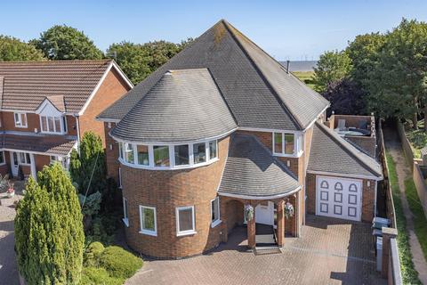 5 bedroom detached house for sale - Derby Avenue, Skegness, PE25 3DH