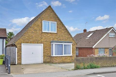 3 bedroom bungalow for sale - Reculver Road, Beltinge, Herne Bay, Kent