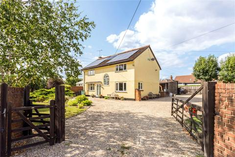 4 bedroom detached house for sale - Runwell Road, Runwell, Wickford, Essex, SS11