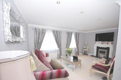 4 bedroom semi-detached house to rent - Grandholm Avenue, Aberdeen AB22