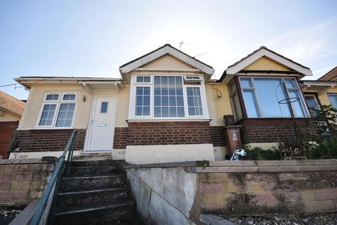 2 bedroom semi-detached bungalow to rent - Abbey Road, Belvedere, Kent, DA17 5DE