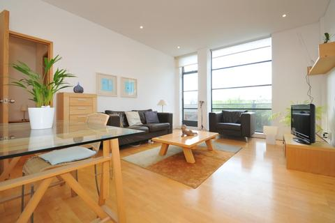 1 bedroom flat to rent - Chiswick Green Studios, London W4