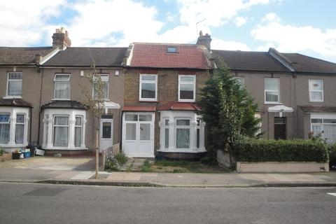 5 bedroom terraced house to rent -  Chester Road,  Ilford, IG3