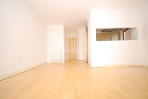 1 bedroom flat to rent - Westpoint Apartments, Clarendon Road, Turnpike Lane