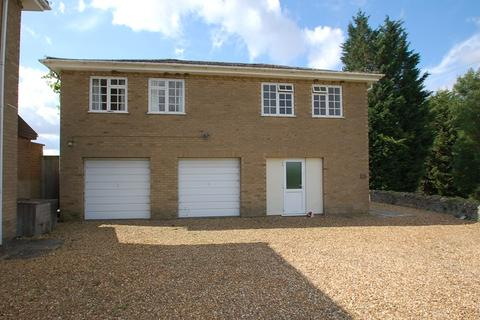 1 bedroom property to rent - Woodnewton, PE8
