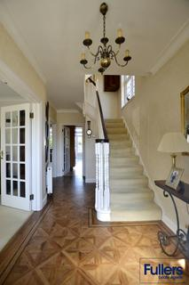 4 bedroom semi-detached house for sale - Park View, Winchmore Hill, London N21