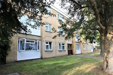 2 bedroom flat to rent - York Court, Ross Road, Wallington, Surrey