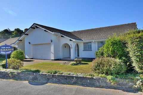 3 bedroom detached bungalow for sale - Dorset Avenue, Ferndown, Dorset, BH22 8HP