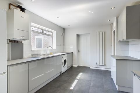6 bedroom end of terrace house to rent - Hawkhurst Road, Brighton