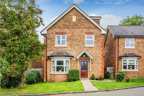 5 bedroom detached house for sale - Temple Wood Drive, Redhill, RH1
