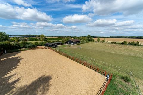 3 bedroom barn conversion for sale - Weeley Heath, Essex