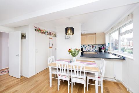 2 bedroom flat to rent - Cornwall Avenue, Alexandra Park Borders