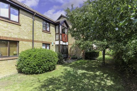 1 bedroom ground floor flat for sale - Monmouth Grove, Brentford