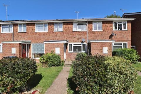3 bedroom terraced house for sale - Badgers Walk, Burgess Hill, West Sussex