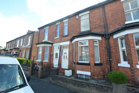 2 bedroom terraced house to rent - Massey Road, Sale, Greater Manchester, M33