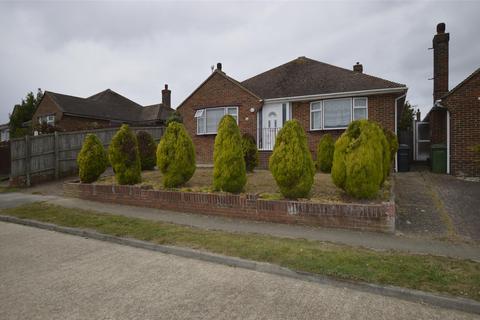 2 bedroom detached bungalow to rent - Laburnum Gardens, BEXHILL-ON-SEA, East Sussex, TN40