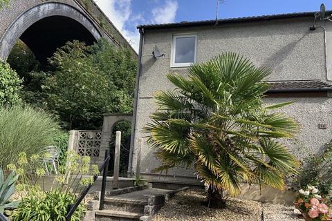 2 bedroom house to rent - Nursery Close, Truro