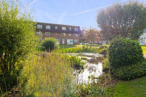 2 bedroom apartment for sale - Westlake Gardens, Worthing
