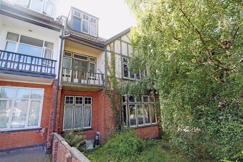 6 bedroom semi-detached house for sale - Broncksea Road, Filton, Bristol