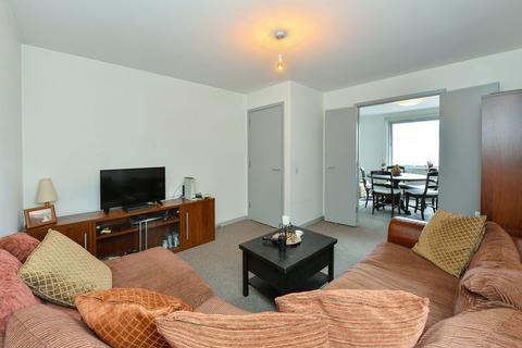 2 bedroom apartment to rent - Blackwall Way, Blackwall, E14