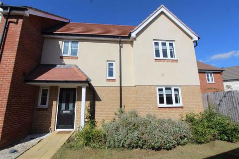 3 bedroom house to rent - Monarch Close, Wickford, Essex