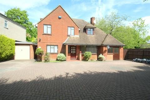 4 bedroom detached house to rent - Tonbridge Road, Maidstone