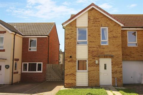 2 bedroom detached bungalow to rent - Warrington Grove, North Shields
