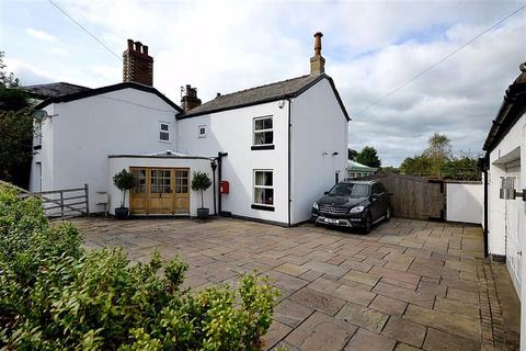 4 bedroom semi-detached house for sale - Chelford Road, Macclesfield