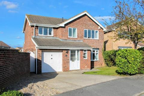 3 bedroom detached house for sale - Pipit Close, Ingleby Barwick, Stockton-On-Tees