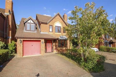 4 bedroom detached house to rent - Mayer Gardens, Shenley Lodge, Milton Keynes