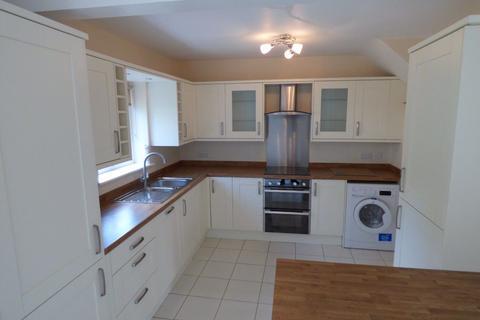 3 bedroom semi-detached house to rent - 57 Elm Cresc, A/e, SK9 7PQ