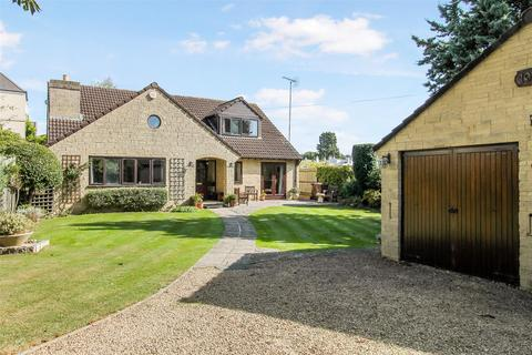 5 bedroom detached house for sale - Christchurch Road, Cheltenham