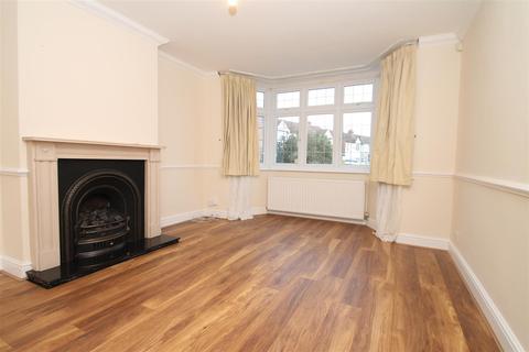 3 bedroom house to rent - Munster Gardens, London N13